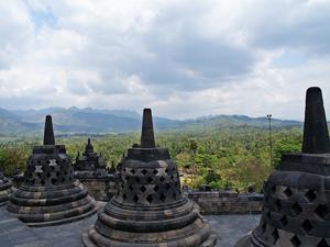 Indonezja - kraj  kontrastów i wielu kultur