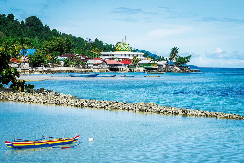 Na wyspie Saparua są dwie muzułmańskie wioski