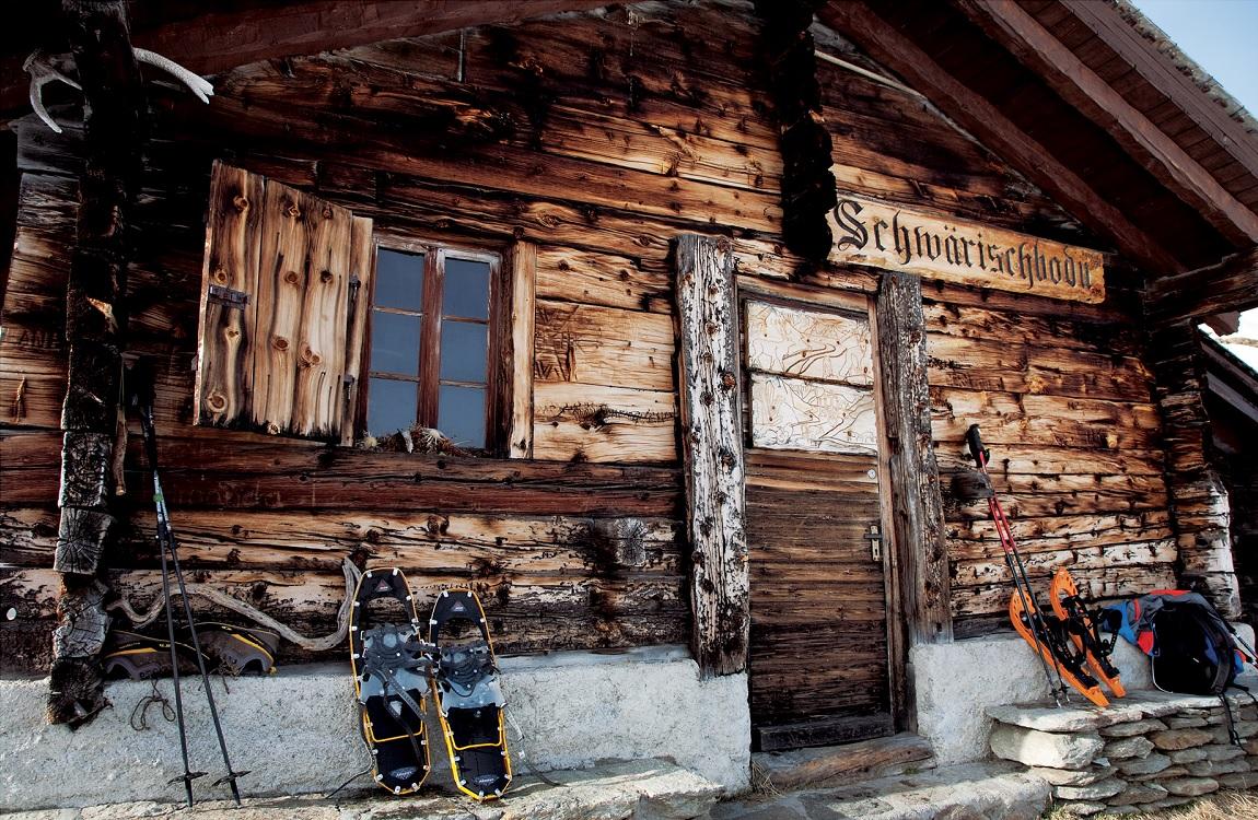 Lodowiec Aletsch. Przystanek w górskiej chacie podczas trekkingu